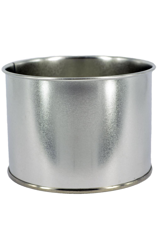 Sugaring Pro Банка для разогрева воска, жестяная, 400 млперфорационные unisexЖестяная банка с запаянной крышкой для разогрева воска и парафина в нагревателе баночного типа.