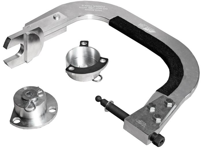 JTC Приспособление для сжатия пружин передней подвески (VOLVO S60, S80, V70, XC70, XC60, XC90). JTC-4215JTC-4215Применяется для фиксации передней подвески во время замены ступицы, шаровой опоры или подшипника. Служит для предотвращения обратного хода пружины. Применение: Вольво (Volvo): S60 (01~10), S80 (99~06), V70 (00~07), XC70 (02~07) , XC60 (09~), XC90 (03~). Оригинальный номер ОЕМ: 9997256. Габаритные размеры: 755/555/145 мм. (Д/Ш/В) Вес: 15000 гр. ПОДРОБНАЯ ВИДЕОИНСТРУКЦИЯ