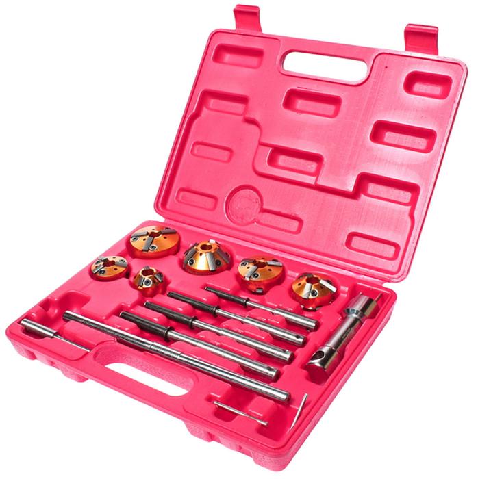 JTC Набор для ремонта седел клапанов, 13 предметов. JTC-JW0270JTC-JW0270Набор инструмента предназначен для ремонта клапанных седел. В комплекте: 5 пилотов самозажимных: 5.5, 7.0-8.8, 8.0-9.8, 9.0-10.8, 10.0-11.8 мм. 6 фрез:75° (28-37 мм.)х45° (28-37 мм.), 75° (37-44 мм.)х30° (28-37 мм.), 37-46 мм. 68х45°, 75° (44-52 мм.)х30° (37-46 мм.), 45° (46-60 мм.)х30° (46-60 мм.), 75°(52-65 мм.)х60° (52-65 мм.) - Т-образный держатель фрезы Вороток для Т-образный. держателя. Вороток для пилотов. Ключ Г-образный. TORX. Общее количество предметов: 13. Упаковка: прочный переносной кейс. Количество в оптовой упаковке: 12 шт. Габаритные размеры: 295/230/50 мм. (Д/Ш/В) Вес: 1960 гр.