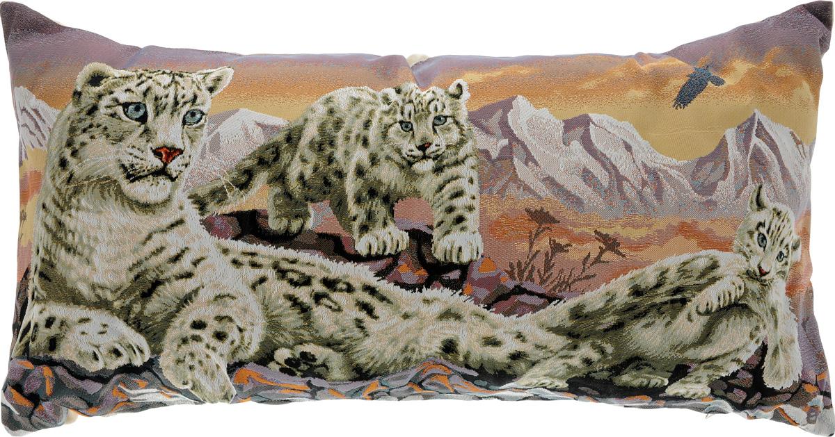 Подушка декоративная Рапира Барсы, 33 х 66 см12245Декоративная подушка Рапира Барсы изготовлена из 50% хлопка и 50% полиэфира. Изделие очень прочное и нежное на ощупь. Лицевая сторона подушки декорирована красочным гобеленовым рисунком, а оборотная сторона - однотонная ткань, похожая на плюш. Чехол подушки снабжен удобной молнией. Наполнитель - полиэфир. Подушка Рапира Барсы станет приятным дополнением к интерьеру любой комнаты.Размер подушки: 33 х 66 см.