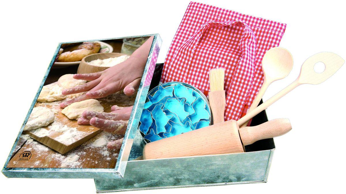 Набор для выпечки Redecker, детский, 6 предметовCM000001328Дети обожают помогать своим родителям! Убираться в доме, совершать покупки и, конечно, готовить! Стандартные кухонные принадлежности обычно слишком большие для детских ладошек, потому процесс приготовления вкусностей может превратиться в пытку. Детский набор для выпечки - это невероятно привлекательные и удобные инструменты для выпечки, созданные специально для ребенка. Здесь все по-настоящему, только размеры скалки, кисточки и ложек оптимизированы так, чтобы детям было удобно с ними работать.В набор входят:- детский фартук- кисточка для выпечки- маленькая скалка- ложка и шумовка для выпечки- 6 формочек для печеньяИ дети, и родители будут в восторге от этого набора, ведь теперь они могут готовить вместе и с удовольствием.Размер коробки - 16,5 х 22,5 х 7 см.