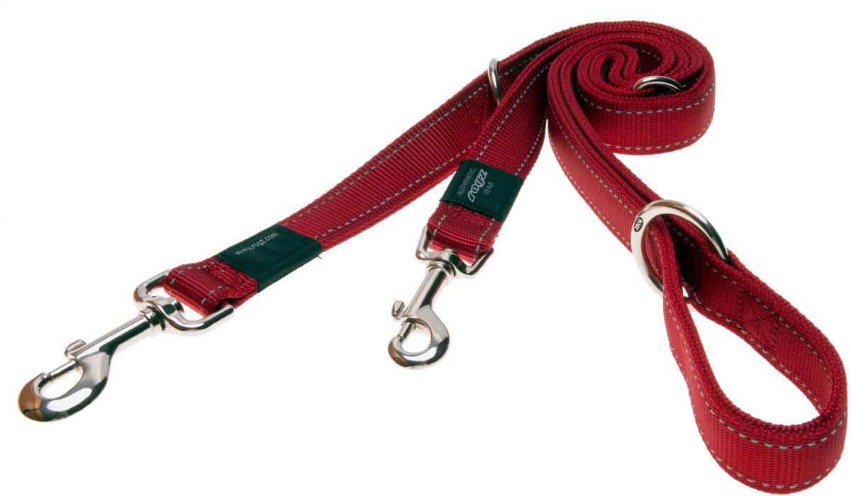 Поводок перестежка для собак Rogz Utility, цвет: красный, ширина 1,6 см. Размер M0120710Видимость ночью. Светоотражающая нить, вплетенная в нейлоновую ленту - для обеспечения лучшей видимости собаки в темное время суток.Выполненные специально по заказу ROGZ литые кольца гальванически хромированы, что позволяет избежать коррозии и потускнения изделия.Многофункциональный поводок-перестежку можно использовать как: поводок для двух собак; короткий, средний или удлиненный поводок (1м, 1.3м, 1.6м); поводок через плечо; временную привязь. Полотно:нейлоновая тесьма, светоотражающая нить.Пряжки: ацетиловый пластик. Кольца: цинковое литье.