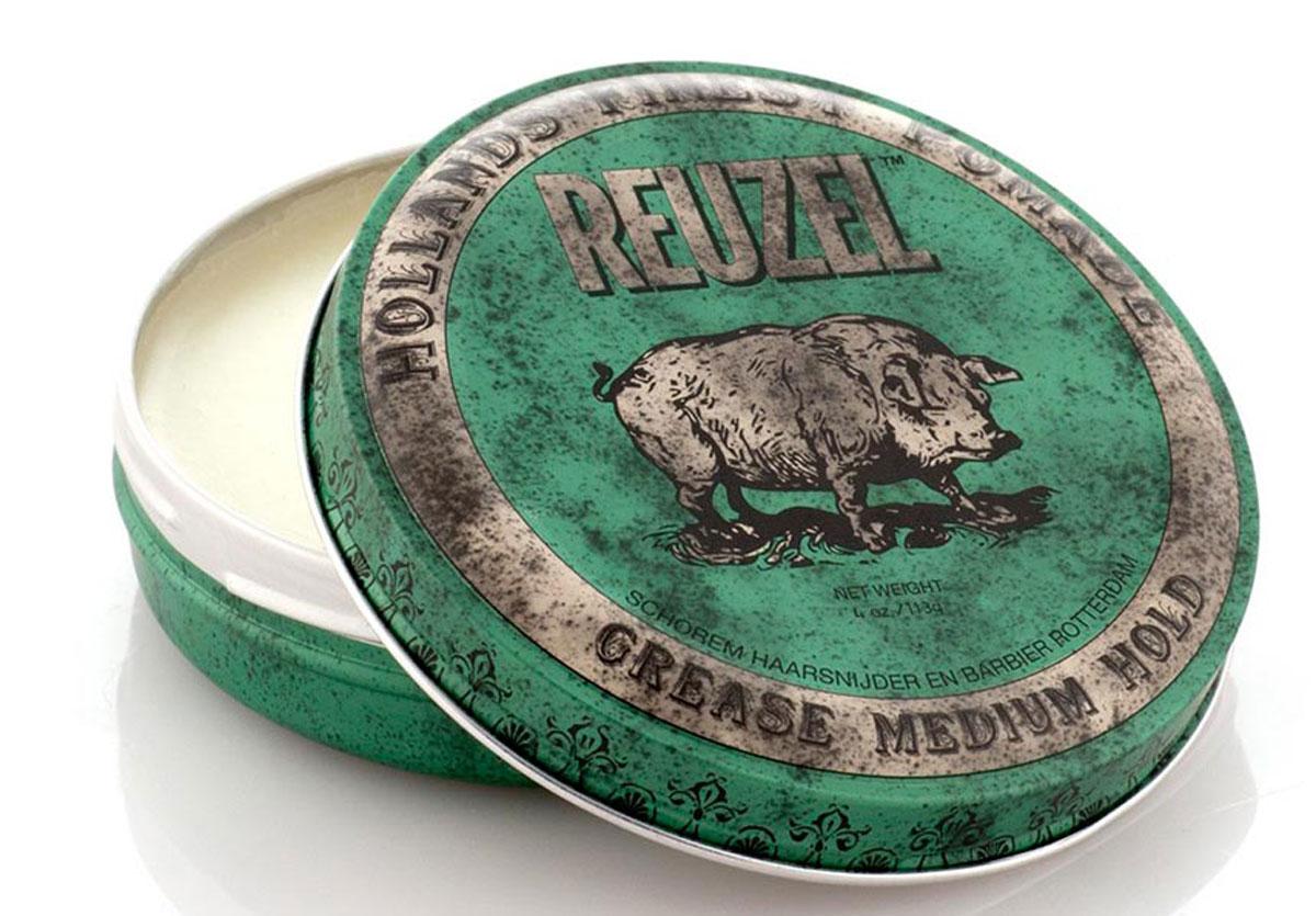 Reuzel помада для укладки волос, зеленая банка 113грБ33041_шампунь-барбарис и липа, скраб -черная смородинаПомада REUZEL GREASE зелёная: средняя фиксацияReuzel Grease в зелёной банке - это помада на основе воска и масла безупречного качества. Даёт мягкое среднее сияние и превосходную фиксацию. Reuzel Grease Pomade идеально подходит как для классики: помпадур, квифф, контур, так и для современных смелых форм. Помада подходит для нормальных и плотных волос, обеспечивает сильную (жёсткую) фиксацию, позволяя придавать причёске любую форму. Зелёный REUZEL в духе классических помад пахнет яблоком и перечной мятой.- Жёсткая фиксация как у геля- Среднее сияние- На основе воска и масла безупречного качества- Справляется с самыми кудрявыми, плотными и непослушными волосами- Превосходная прическа весь день