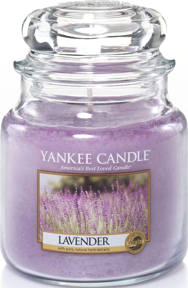 Ароматическая свеча Yankee Candle Лаванда / Lavender, 25-45 чFS-91909Роскошный и одновременно успокаивающий букет лаванды.Верхняя нота: Озон, Эвкалипт, ШалфейСредняя нота: Свежая Лаванда, Тимьян, РозмаринБазовая нота: Мускус, Древесные, Восточные, Ванильные, Сливочные Ноты, Пачули