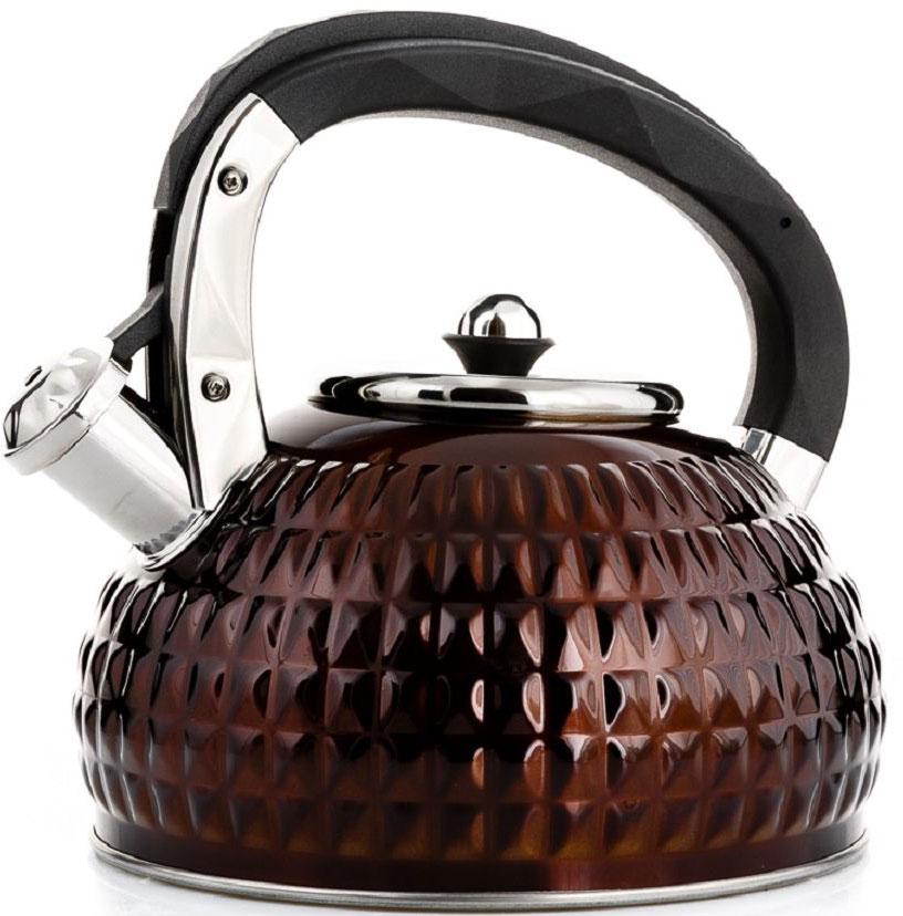 Чайник Elff Decor, со свистком, цвет: коричневый, 3 лCM000001326Чайник со свистком Высококачественная нержавеющая сталь18/10 с цветным покрытием 3-х слойное дно Новый дизайн Ручка выполнена из черного пластика Подходит для всех источников нагрева Ёмкость: 3,0 л.
