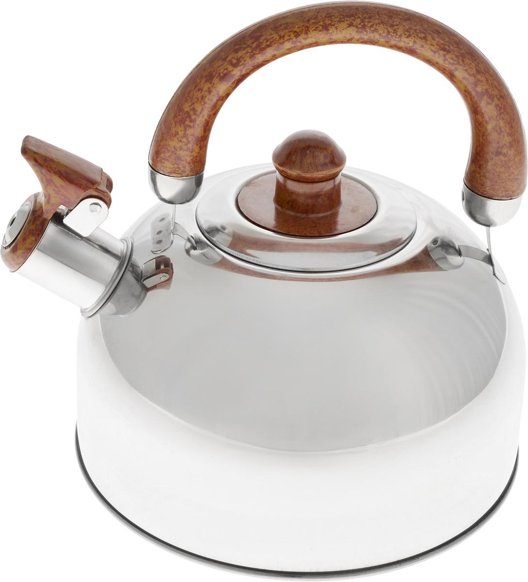 Чайник Bohmann, со свистком, 2,5 л. 622BHL94672Чайник Bohmann изготовлен из высококачественной нержавеющей стали с зеркальной полировкой. Нержавеющая сталь - материал, из которого в течение нескольких десятилетий во всем мире производятся столовые приборы, кухонные инструменты и различные аксессуары. Этот материал обладает высокой стойкостью к коррозии и кислотам. Прочность, долговечность и надежность этого материала, а также первоклассная обработка обеспечивают практически неограниченный запас прочности и неизменно привлекательный внешний вид. Чайник оснащен удобной фиксированной ручкой, выполненной из бакелита с рисунком под дерево. Носик чайника имеет откидной свисток, который подскажет, когда вода закипела. Можно использовать на газовых, электрических, галогеновых, стеклокерамических, индукционных плитах. Можно мыть в посудомоечной машине.Высота чайника (без учета ручки и крышки): 11 см.Высота чайника (с учетом ручки): 20 см.Диаметр основания чайника: 19 см.Диаметр чайника (по верхнему краю): 8,5 см.
