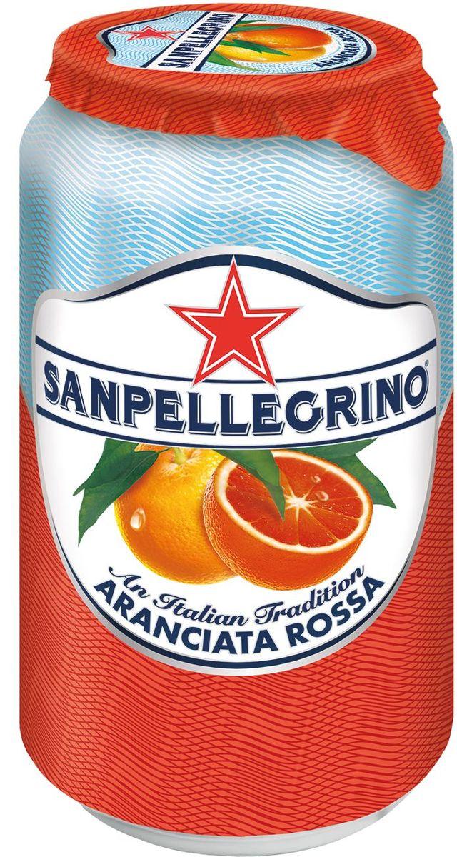 San Pellegrino Напиток сокосодержащий со вкусом красного апельсина, 0,33 л0120710Фруктовый напиток San Pellegrino - знаменитый во всем мире освежающий газированный напиток с соком фруктов, производится с 1930х годов в Италии. Напиток содержит натуральный сок сочных и спелых сицилийских фруктов, собранных вручную, а низкое содержание углеводов и сахара делает напиток San Pellegrino доступным даже для тех, кто придерживается диеты. Основой для создания напитка служит минеральная вода, баланс между нежными пузырьками иароматом придает напитку неповторимый вкус. Фруктовые напитки San Pellegrino отлично утоляют жажду и являются прекрасным дополнением кежедневным трапезам. Согретые теплым итальянским солнцем фрукты дарят вам всю свою свежесть и аромат круглый год! 100% натуральные ингредиентыФрукты с острова СицилияОснова – минеральная водаСостав: вода, восстановленный апельсиновый сок (17%), сахар, восстановленный сок красного апельсина (3%), диоксид углерода, натуральные ароматизаторы, красители (антоцианы, экстракт паприки), регулятор кислотности (лимонная кислота). Без красителей иароматизаторов.Пониженное содержание сахараНатуральный вкус и аромат.Энергетическая ценность 175 kJ/кДж - 41 Kcal/ккал. После вскрытия упаковки хранению не подлежит.