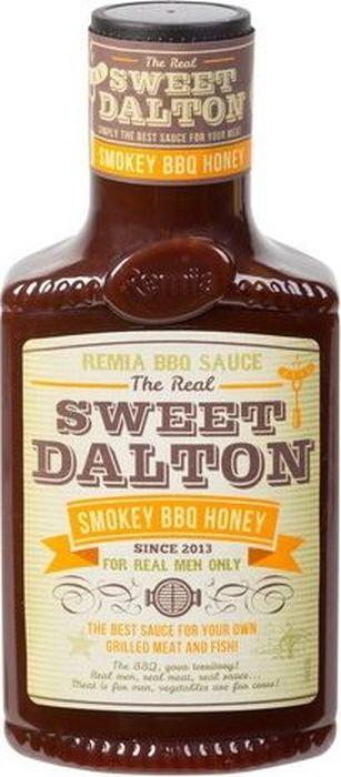 Соус приготовлен на томатной основе с медом, горчицей и пряными специями. В сравнении с классическим Барбекю, он более мягкий и деликатный на вкус: в нем сладость меда приглушает пикантную остроту специй. Свой удивительный дымный аромат соус получил от копчения на щепе редкого дерева Гикори из семейства ореховых. Sweet Dalton можно использовать не только при подаче, но и для приготовления стейков, ребрышек, бургеров, рыбы. Благодаря входящим в состав меду и сиропу глюкозы, обмазанные этим соусом продукты после обжарки на гриле или барбекю будут покрываться аппетитной глазурью и приобретать глянцевый блеск. Отлично подходит для запекания свиного окорока или ветчины.