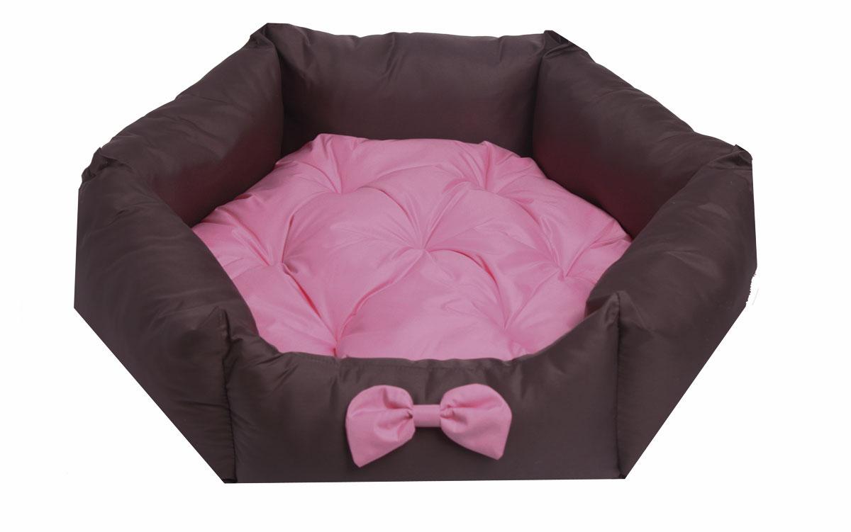 Лежанка для собак Lion Manufactory Комфорт, цвет: розовый, коричневый, размер S, 53 х 48 х 16 см0120710Лежанка Lion Manufactory Комфорт, выполненная из хлопка и синтепона, предназначена для собак. Она идеальна для клеток и автомобилей. Легко складывается для хранения и перевозки. К изделию не прилипает шерсть животного. Изделие оснащено съемной подушкой.Размер лежанки: 53 х 48 х 16 см. Размер спального места: 46 х 45 см.