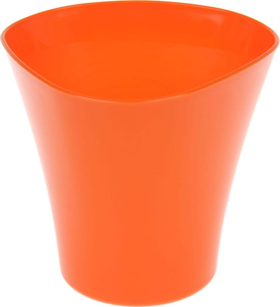 Кашпо JetPlast Волна, цвет: оранжевый, 1,5 л531-301Кашпо Волна имеет уникальную форму, сочетающуюся как с классическим, так и с современным дизайном интерьера. Оно изготовлено из прочного полипропилена (пластика) и предназначено для выращивания растений, цветов и трав в домашних условиях. Такое кашпо порадует вас функциональностью, а благодаря лаконичному дизайну впишется в любой интерьер помещения. Объем кашпо: 1,5 л.