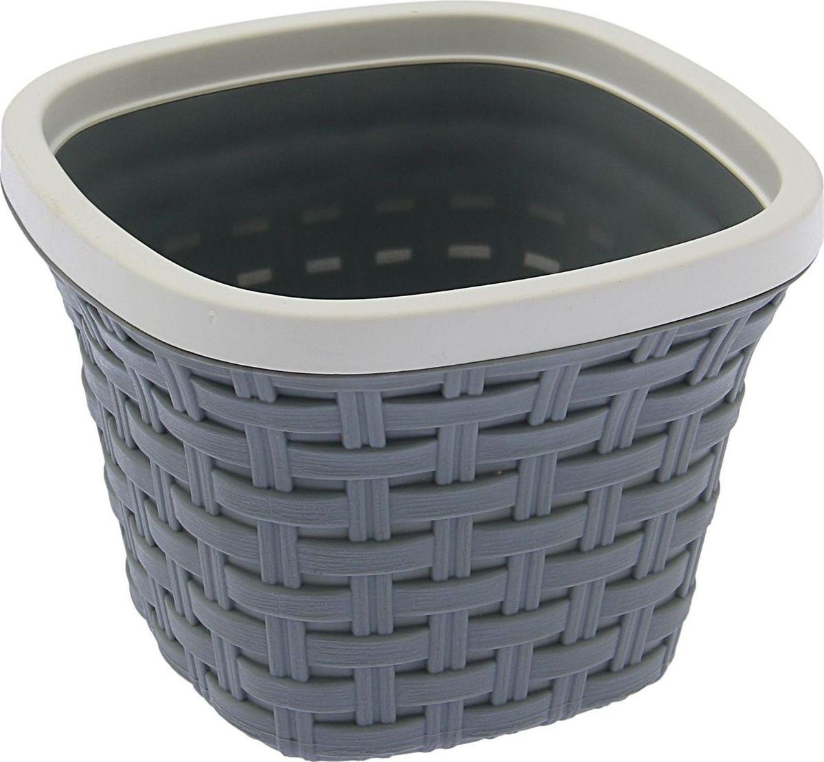 Кашпо квадратное Violet Ротанг, с дренажной системой, цвет: серый, 1,3 л531-303Квадратное кашпо Violet Ротанг изготовлено из высококачественного пластика и оснащено дренажной системой для быстрого отведения избытка воды при поливе. Изделие прекрасно подходит для выращивания растений и цветов в домашних условиях. Объем: 1,3 л.