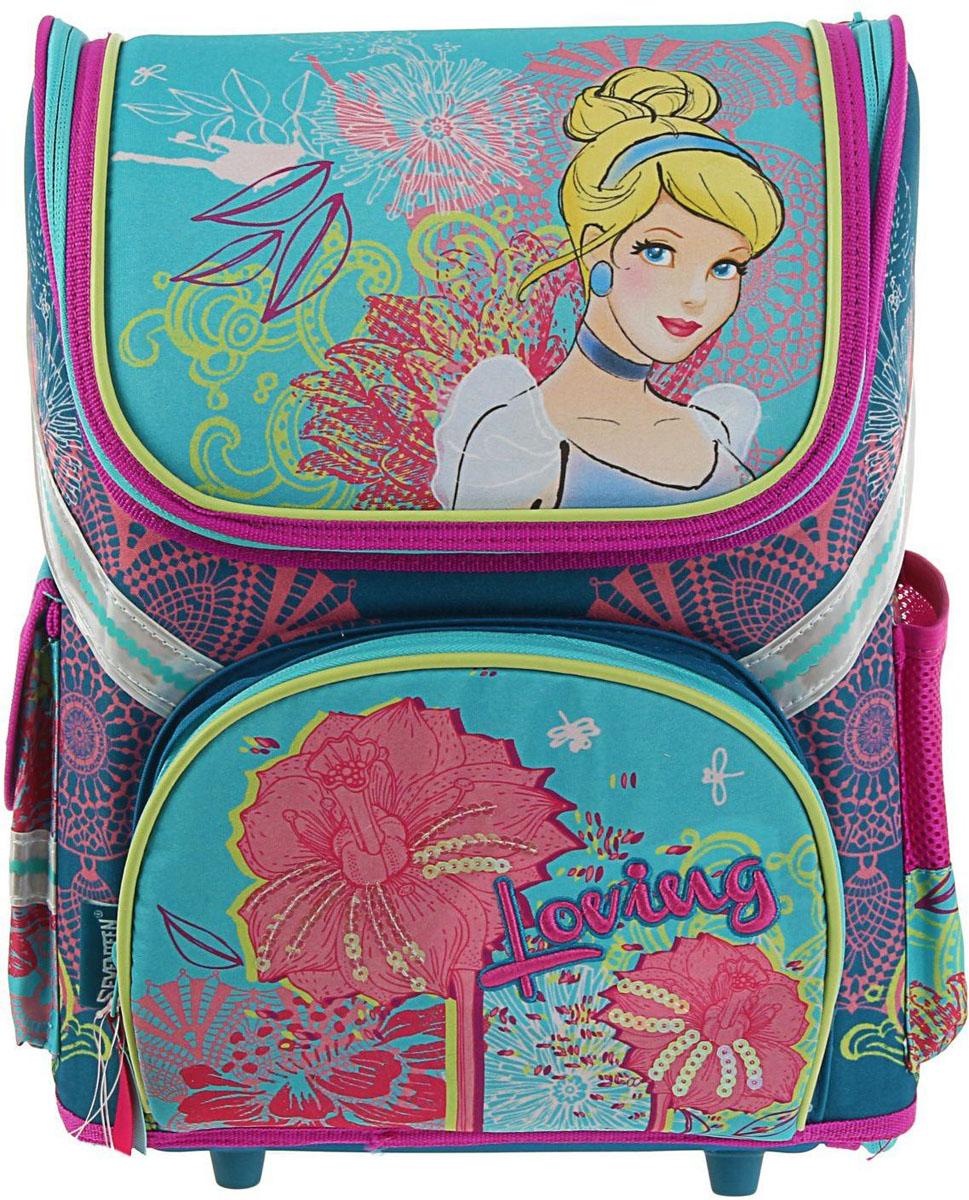 Disney Ранец школьный Принцесса цвет светло-бежевый бирюзовыйSMA510-V8-ETРанец, или портфель, — это жёсткая ученическая сумка, которая является традиционным атрибутом школьного «снаряжения».Характеристики идеального современного ранца для школьника выглядят так:жёсткие корпус и спинка;регулируемые широкие мягкие лямки;наличие светоотражателей;масса — 600?800 г;мягкие подушечки на спинке и сетчатая, «дышащая» задняя сторона.Ранец стандарт раскладной Disney Принцесса 36*26*17 EVA-спинкой, для девочки, бирюза — это очень практичное и качественное текстильное изделие, которое отвечает всем перечисленным требованиям.Жёсткий корпус защитит ребёнка и содержимое: он не позволит книгам и учебникам «втыкаться» в спину и сбережёт ранец, если ученик его уронит. А смягчающие элементы (поролон и сетка) сделают процесс ношения этого изделия комфортным.