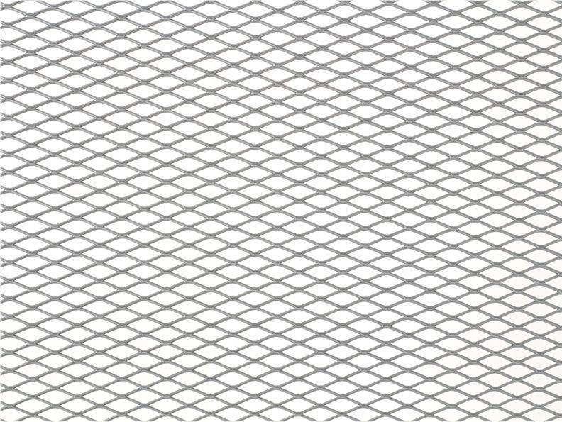 Решетка радиатора декоративная DolleX, 100 х 30 см, ячейки 16 х 6 мм, цвет: серебристый5104Облицовка радиатора (металлическая сетка декоративная) эффективно защищает элементы моторного отсека, радиатор системы охлаждения и кондиционирования автомобиля от камней, грязи и насекомых. Долговечная и легкомонтируемая. Придает индивидуальность автомобилю. Цвет: серебро Размер сетки: 100 х 30 см Размер ячейки: 16мм х 6мм