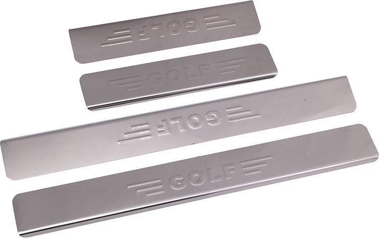 Накладки внутренних порогов DolleX, для VW Golf надпись GOLF, 4 шт2706 (ПО)Придают автомобилю стильный и неповторимый вид, эффективно защищают пороги от повреждения лакокрасочного покрытия.Отличительные особенности:- Полированная нержавеющая сталь- Толщина стали 0,5 мм.- Стильный внешний вид- Легкая и быстрая установка- Крепление лента липкая двухсторонняяКомплект:размер 450х55 мм. - 2 шт.размер 250х35 мм. - 2 шт.