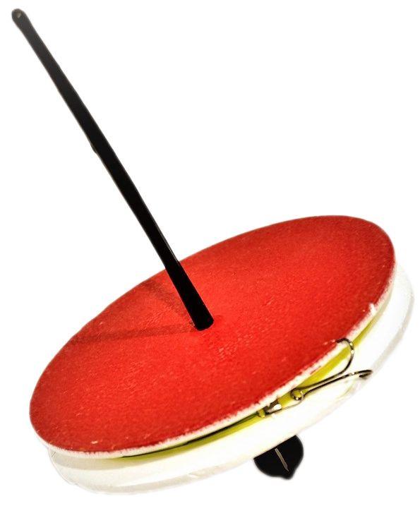 Кружок рыболовный Аляска, оснащенныйH009Рыболовный кружок - готовая к использованию снасть. Используется при ловле хищника на живца. Так же, снасть называют летней жерлицей.Характеристики:Диаметр кружка - 150ммТолщина кружка - 20ммЛеска: 15м Диаметр: 0,35-0,45Поводок: 1х7 в оплетке 25смГруз скользящий: 10гКрючок - двойник размер #2