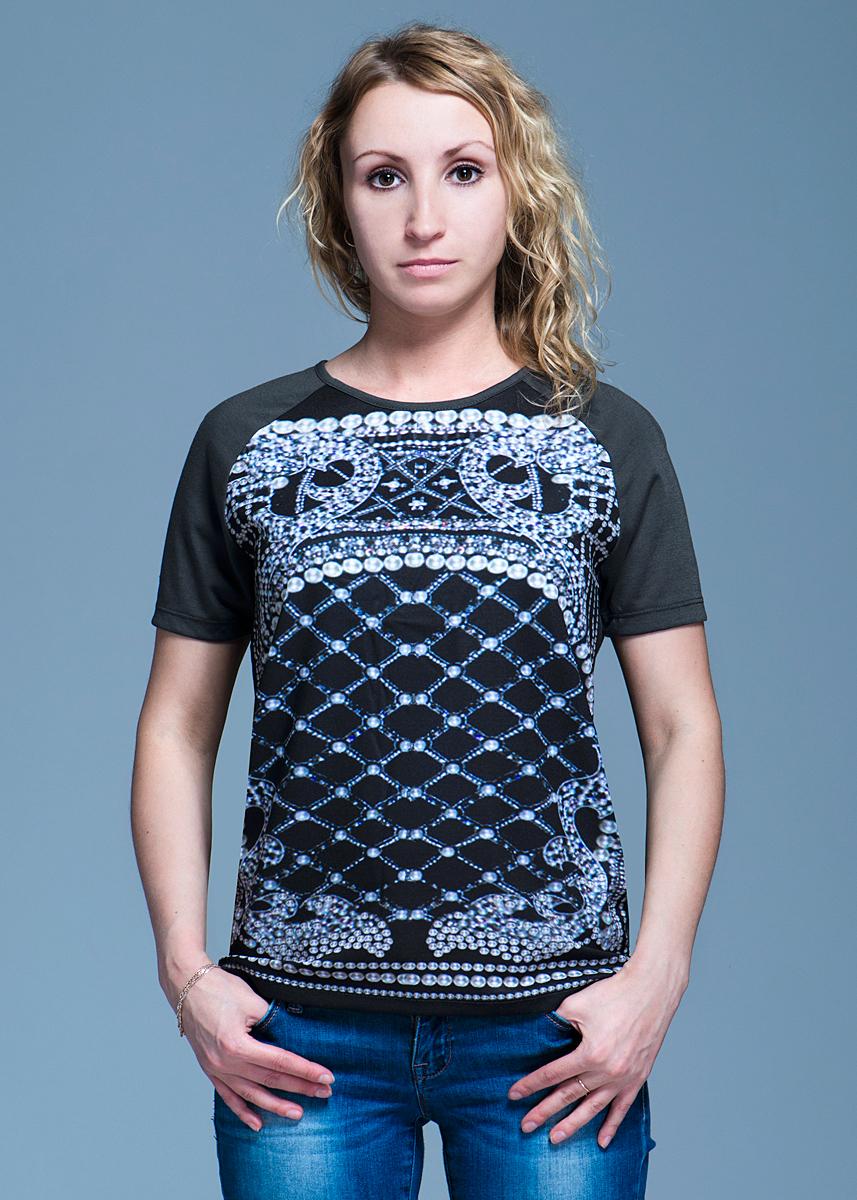 Футболка женская Vero Moda, цвет: асфальт. 10097910. Размер XS (40)10097910Стильная женская футболка Vero Moda, выполненная из высококачественного материала, идеальный вариант для создания образа в стиле Casual. Футболка прямого кроя с короткими рукавами и круглым вырезом горловины будет отлично на вас смотреться. Модель оформлена оригинальным рисунком. Такая футболка будет дарить вам комфорт в течение всего дня и послужит замечательным дополнением к вашему гардеробу.