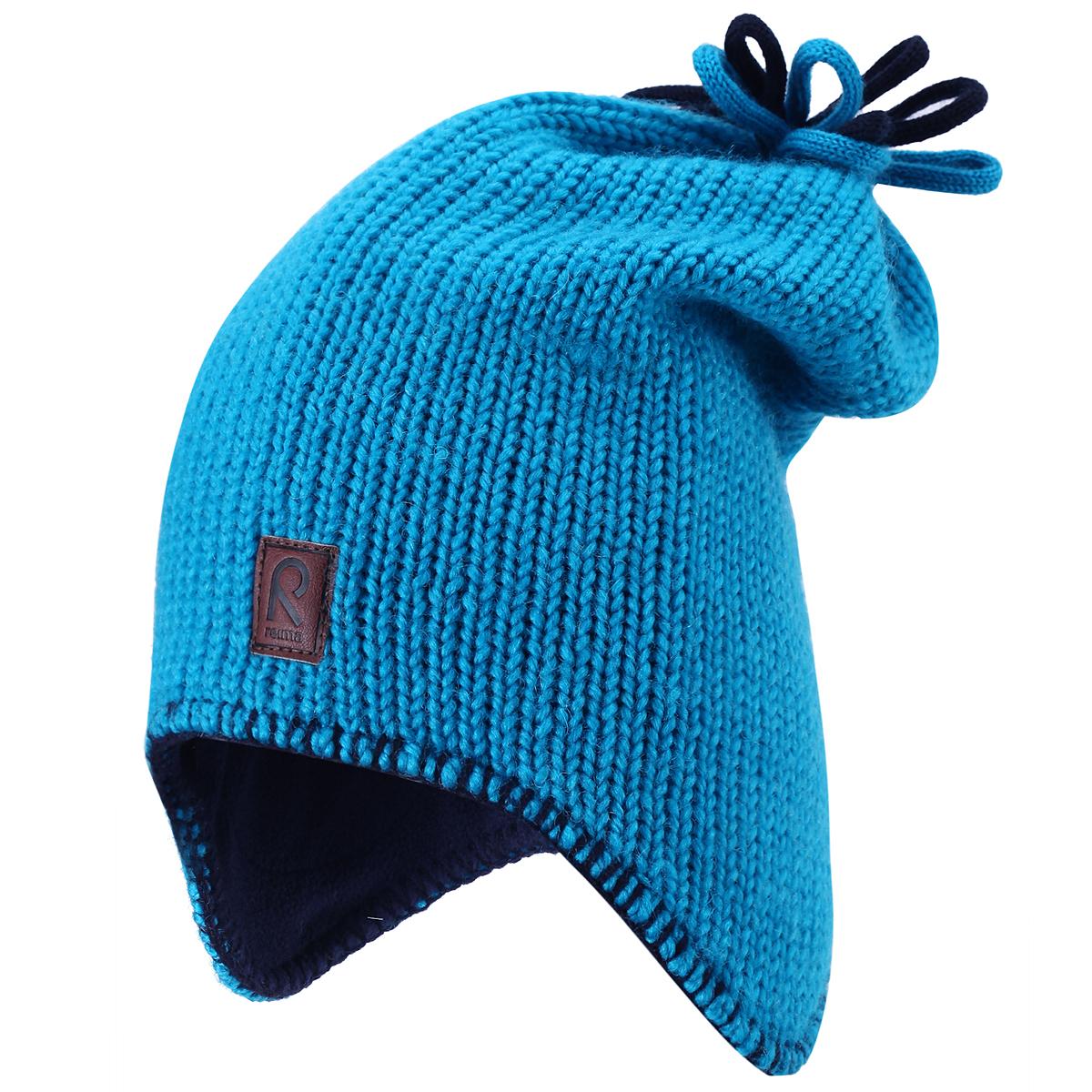Шапка детская Reima Lodestar, цвет: бирюзовый, темно-синий. 528327-7890. Размер 46528327_7890Комфортная детская шапка Reima Lodestar идеально подойдет для прогулок в холодное время года.Вязаная шапка с ветрозащитными вставками в области ушей, выполненная из шерстяной пряжи, максимально сохраняет тепло, она мягкая и идеально прилегает к голове. Шерсть хорошо тянется и устойчива к сминанию. Мягкая подкладка выполнена из флиса, поэтому шапка хорошо сохраняет тепло и обладает отличной гигроскопичностью (не впитывает влагу, но проводит ее).Удлиненная шапка на макушке дополнена цветными декоративными петельками, оформлена по краю контрастной нитью и спереди небольшой нашивкой из искусственной кожи с названием бренда.Оригинальный дизайн и яркая расцветка делают эту шапку модным и стильным предметом детского гардероба. В ней ваш ребенок будет чувствовать себя уютно и комфортно и всегда будет в центре внимания! Уважаемые клиенты!Размер, доступный для заказа, является обхватом головы ребенка.