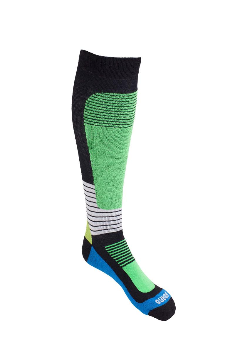 Термоноски140_007Носки MICO для сноуборда имеют двойную структуру: внутренний слой состоит из высококачественной шерсти. - Волокна полиамида дают добавляют носку прочности и эластичности. - Лайкра повышает эластичность носка и сохраняет форму. - Дополнительная защита голени и икроножной мышцы. - Мягкая резинка по верху носка не сжимает ногу и не дает ощущения сдавливания даже при длительном использовании. - Специальное плетение в области стопы фиксирует ногу при занятиях спортом и ходьбе и не дает скользить стопе вперед. Итальянская компания MICO один из ведущих производителей носков и термобелья на Европейском рынке для занятий различными видами спорта. Носки предназначены для для занятий различными видами спорта, в том числе для носки в городе в очень холодную погоду.