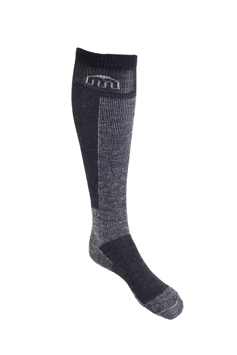 Носки горнолыжные0250- Многолетний хит продаж. Носок имеет двойную структуру: - внутренний слой состоит из волокон Микотекс и наружный из высококачественной шерсти. - Волокна микотекс это 100% полипропиленовые материал очень мягкий и слегка пушистый. - Прекрасно впитывает влагу, быстро отводит ее от ноги и моментально сохнет. - Высококачественная шерсть гарантирует защиту от холода. - Волокна полиамида и акрила дают добавляют носку прочности и эластичности. - Дополнительная защита голени, пятки и носка. Дополнительные вставки в области стопы и голеностопа. - Мягкая резинка по верху носка не сжимает ногу и не дает ощущения сдавливания при длительном использовании. - Специальное плетение в области стопы фиксирует ногу при занятиях спортом и ходьбе и не дает скользить стопе вперед. Итальянская компания MICO один из ведущих производителей носков и термобелья на Европейском рынке для занятий различными видами спорта. Носки предназначены для для занятий различными...