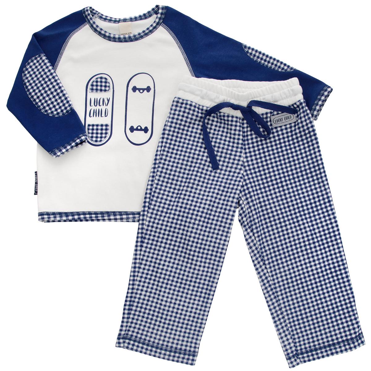 Пижама13-401Очаровательная пижама для мальчика Lucky Child, состоящая из футболки с длинным рукавом и брюк, идеально подойдет вашему маленькому мужчине и станет отличным дополнением к детскому гардеробу. Изготовленная из натурального хлопка - интерлока, она необычайно мягкая и приятная на ощупь, не раздражает нежную кожу ребенка и хорошо вентилируется, а эластичные швы приятны телу и не препятствуют его движениям. Футболка с длинными рукавами-реглан и круглым вырезом горловины оформлена спереди оригинальной аппликацией и принтом с изображением скейтборда. Горловина, рукава и низ изделия оформлены принтом в клетку. Рукава украшены декоративными заплатами. Брюки на талии имеют широкий эластичный пояс со шнурком, благодаря чему они не сдавливают животик ребенка и не сползают. Оформлены брюки принтом в клетку и небольшой нашивкой с названием бренда. Такая пижама идеально подойдет вашему ребенку, а мягкие полотна позволят ему комфортно чувствовать себя во время сна!