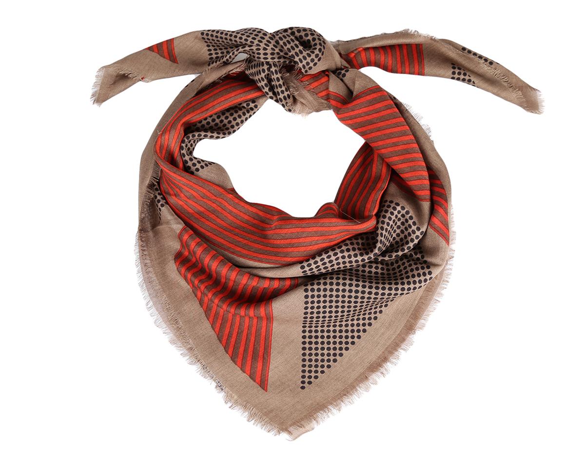 ПлатокW14154-1Изумительный женский платок Leo Ventoni станет изысканным аксессуаром, который подчеркнет ваши индивидуальность и очарование. Модель изготовлена из шерсти с добавлением шелка и оформлена полосками, чередующимися с принтом горох. Дизайн полотна придает модели удивительно динамичное и яркое настроение. Края модели по периметру декорированы бахромой. Платок Leo Ventoni станет вашим верным спутником на каждый день, а окружающие обязательно будут обращать свое восторженное внимание на вас.