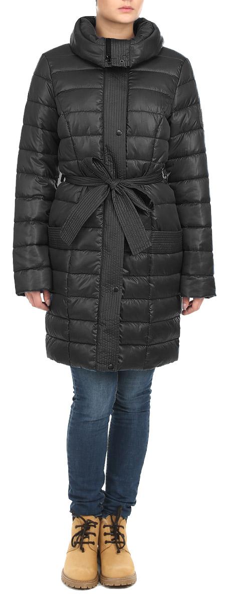 Куртка женская Grishko, цвет: черный. AL-2642. Размер 42AL-2642Стильная женская куртка Grishko отлично подойдет для прохладной погоды. Модель приталенного силуэта с воротником-стойкой застегивается на застежку-молнию и дополнительно планкой на металлические кнопки. Куртка оформлена эффектной стежкой, создающей стройный и дополнена съемным поясом. Модель дополнена двумя врезными карманами. С изнаночной стороны имеется прорезной карман на застежке-молнии. Утеплитель выполнен из холлофайбера, который отличается повышенной теплоизоляцией, антибактериальными свойствами, долговечностью в использовании, и необычайно легок в носке и уходе. Изделия легко стираются в машинке, не теряя первоначального внешнего вида. Эта модная куртка послужит отличным дополнением к вашему гардеробу.