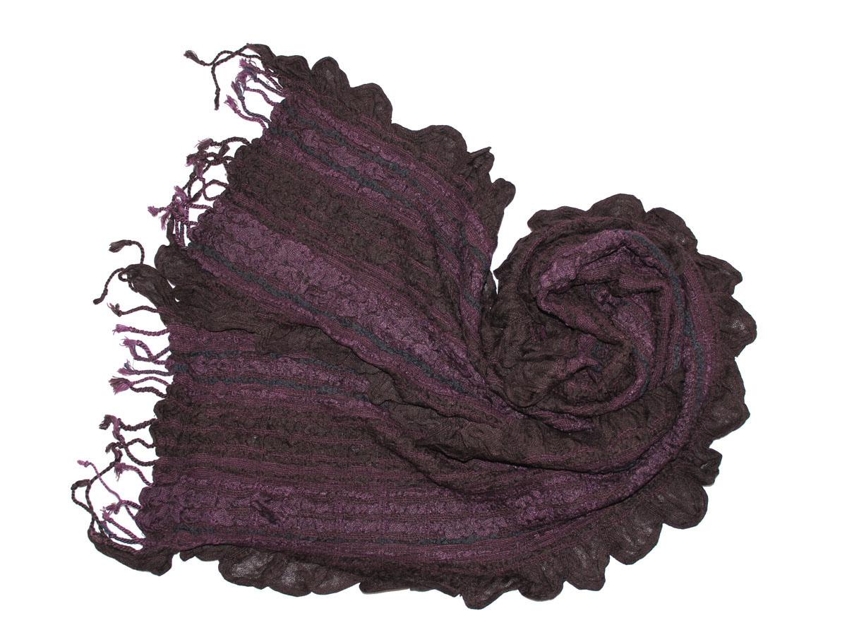 Шарф женский Ethnica, цвет: сиреневый, хаки. 258125н. Размер 55 см х 180 см258125нЖенский шарф Ethnica, изготовленный из 100% вискозы, подчеркнет вашу индивидуальность. Благодаря своему составу, он легкий, мягкий и приятный на ощупь. Изделие выполнено в оригинальном дизайне и дополнено кисточками.Такой аксессуар станет стильным дополнением к гардеробу современной женщины.