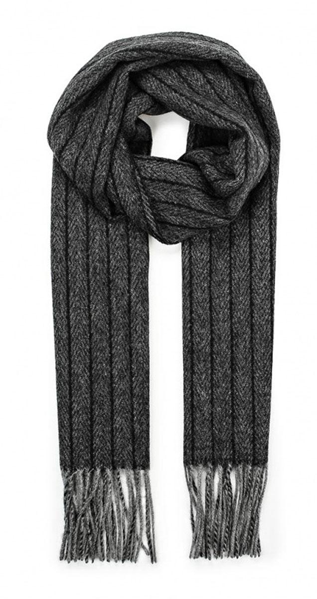Шарф мужской Venera, цвет: темно-серый, черный. 5005873-23. Размер 31 см х 165 см5005873-23Теплый мужской шарф Venera, выполненный из 100% шерсти, отлично подойдет для повседневной носки. Материал шарфа очень мягкий и приятный на ощупь. Модель оформлена принтом в полоску, края декорированы кисточками, скрученными в жгутики.Современный дизайн и расцветка делают этот шарф модным и стильным мужским аксессуаром. Он подарит вам ощущение комфорта и уюта.