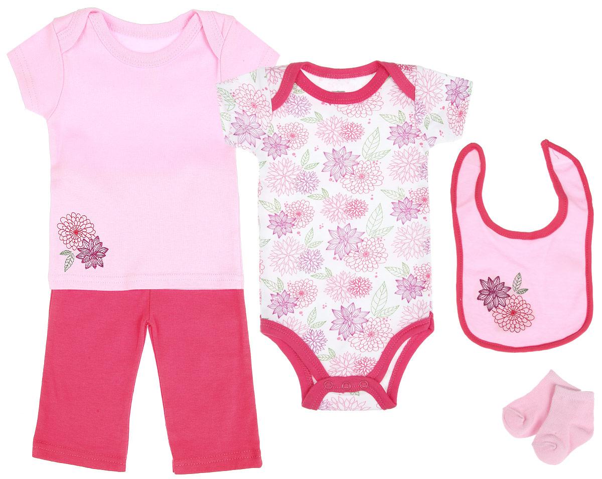 Комплект одежды58105Комплект для новорожденного Hudson Baby Цветочек - это замечательный подарок, который прекрасно подойдет для первых дней жизни малышки. Комплект состоит из боди, футболки, штанишек, нагрудника и носочков. Одежда выполнена из натурального хлопка, не сковывает движения и позволяет коже дышать, не раздражает даже самую нежную и чувствительную кожу ребенка, обеспечивая ему наибольший комфорт. Носочки изготовлены из хлопка с добавлением нейлона и спандекса, нагрудник - из хлопка и полиэстера. Удобное боди с круглым вырезом горловины и короткими рукавами имеет специальные запахи на плечах и кнопки на ластовице, что значительно облегчает процесс переодевания ребенка и смену подгузника. Украшено изделие цветочным принтом. Футболка с короткими рукавами и круглым вырезом горловины также имеет запахи на плечах. Спереди модель декорирована вышивкой с изображением цветов. Штанишки на талии имеют мягкую резинку, не сдавливают животик малышки и не сползают. Они...