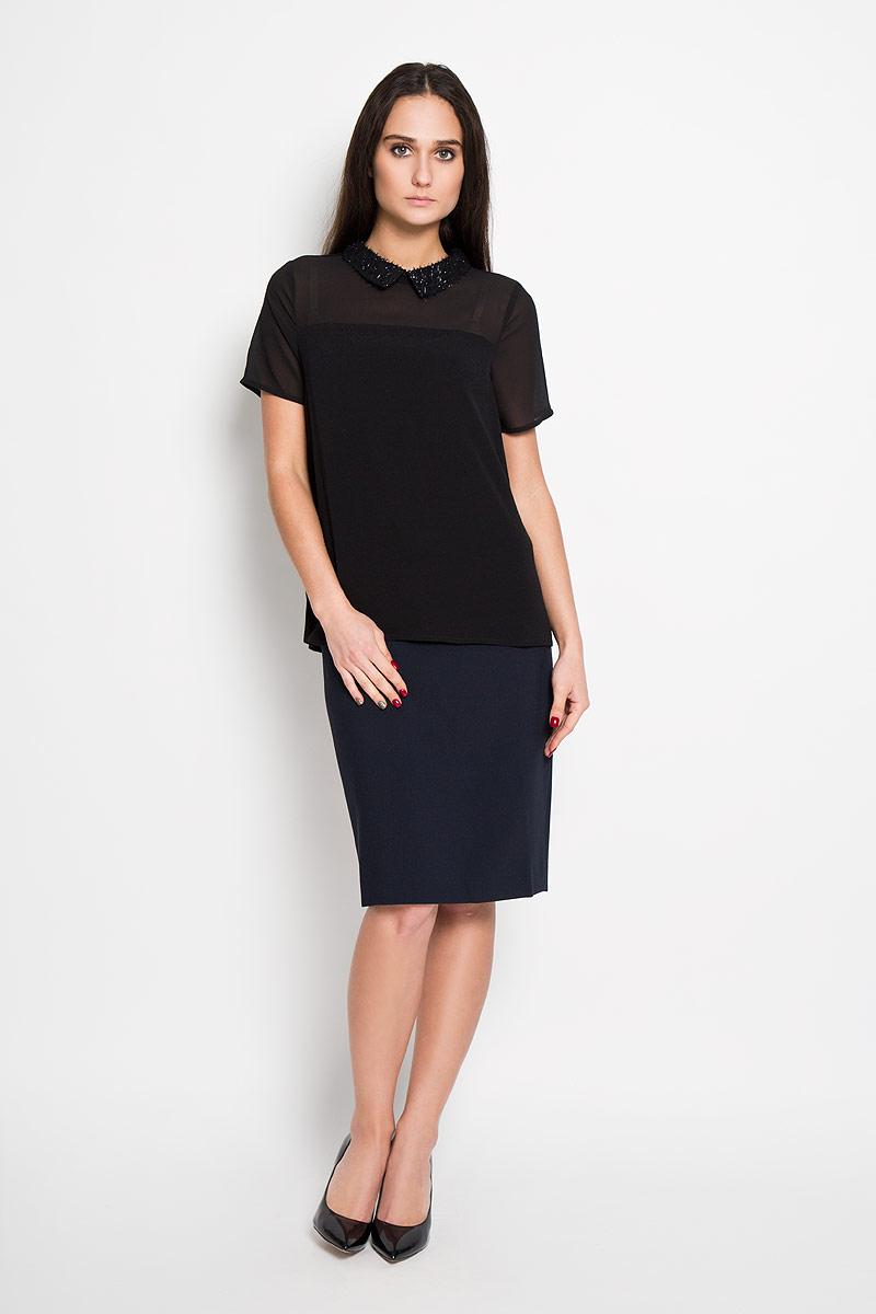 Блузка2031251.00.71Стильная женская блуза Tom Tailor Denim, выполненная из полупрозрачной вискозы и полиэстера, мягкая и приятная на ощупь. Модель подчеркнет ваш стиль и поможет создать оригинальный женственный образ. Блузка прямого кроя с короткими рукавами и отложным воротником застегивается на потайную молнию на спинке. Воротник украшен фактурным материалом. Верх блузки выполнен шифоном, переходящим в более плотную ткань. Такая блузка будет дарить вам комфорт в течение всего дня и послужит замечательным дополнением к вашему гардеробу.