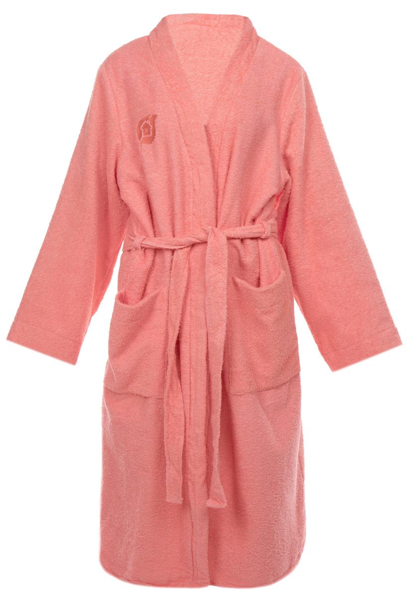 Халат женский Банные штучки, цвет: розовый. 32154. Размер 44/5232154Махровый женский халат Банные штучки, выполненный из натурального хлопка, принесет вам неповторимую легкость и удовольствие повседневного комфорта. Халат с запахом дополнен съемным поясом и двумя накладными карманами спереди. На груди расположен вышитый логотип производителя.В атмосфере домашнего тепла и уюта вы и в будни сможете сохранить радостное и светлое настроение, облачившись в удобный халат после расслабляющей ванны вечером или после контрастного душа с утра.