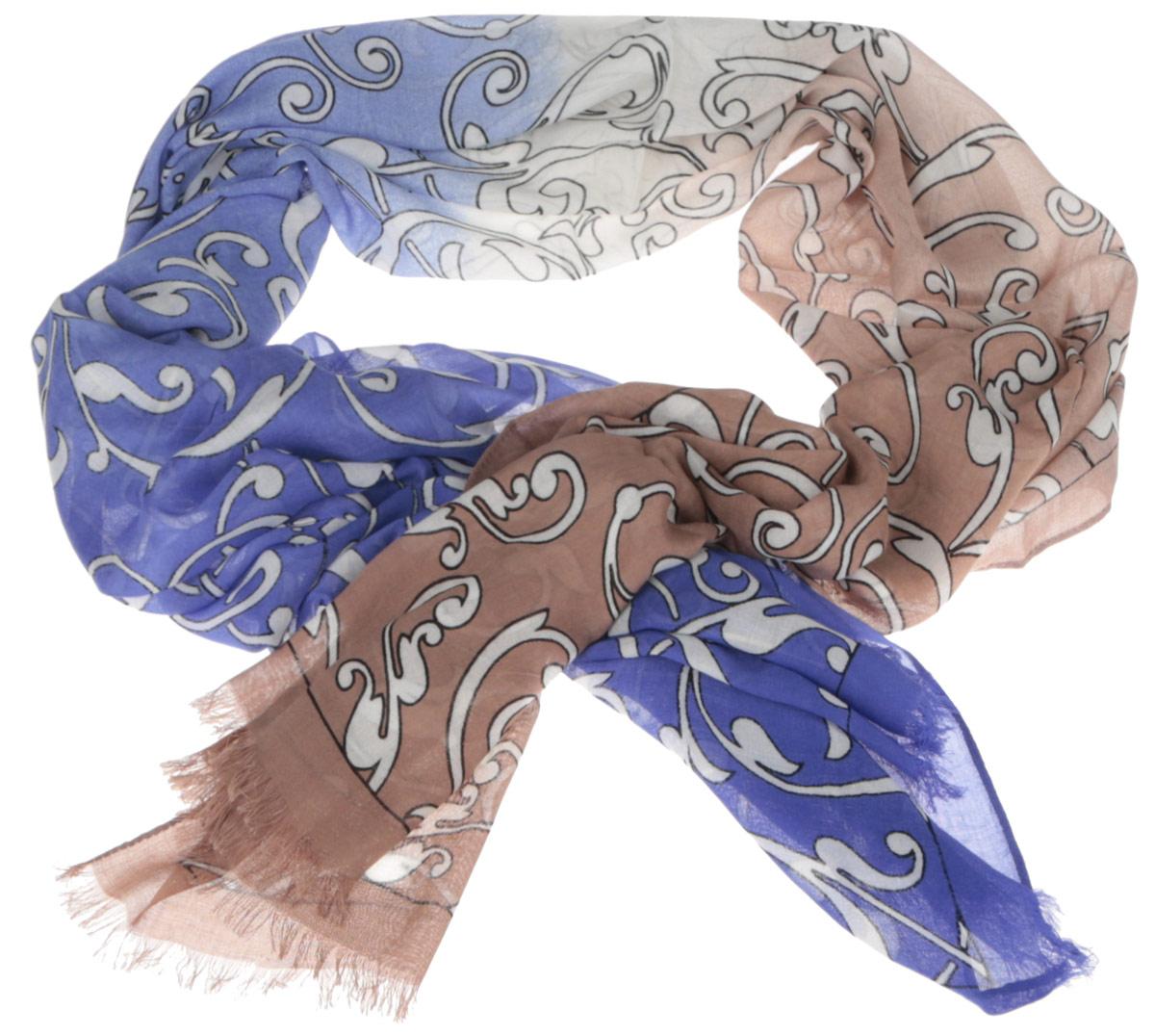 ШарфDS2015-002-15Женский шарф Fabretti позволит вам создать неповторимый и запоминающийся образ. Изготовленный из высококачественных материалов, он очень легкий, мягкий, имеет приятную на ощупь текстуру. Модель оформлена изысканным узором, украшена по краям короткими кисточками. Такой аксессуар станет стильным дополнением к гардеробу современной женщины, стремящейся всегда оставаться яркой и элегантной.