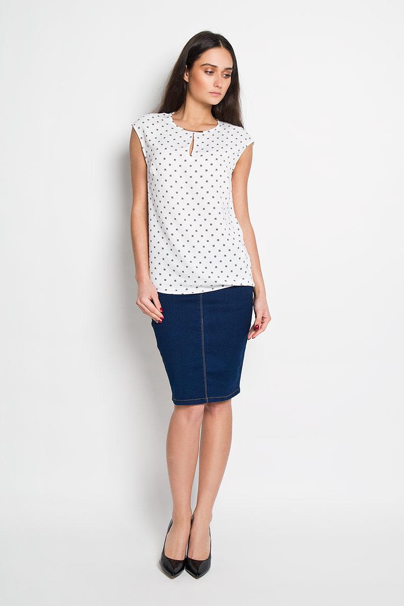 БлузкаSBD0566BIСтильная женская блуза Top Secret, выполненная из полиэстера, подчеркнет ваш уникальный стиль и поможет создать оригинальный женственный образ. Свободная блузка без рукавов, с круглым вырезом горловины застегивается на пуговицу на спинке. Модель украшена принтом в мелкий горох и дополнена металлической вставкой на горловине. Такая блузка идеально подойдет для жарких летних дней. Такая блузка будет дарить вам комфорт в течение всего дня и послужит замечательным дополнением к вашему гардеробу.
