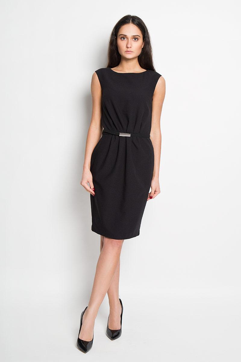 Платье Top Secret, цвет: черный. SSU1446CA. Размер 38 (44)SSU1446CAЭлегантное платье Top Secret выполнено из высококачественного полиэстера и дополнено подкладкой из комбинированного материала. Такое платье обеспечит вам комфорт и удобство при носке.Модель без рукавов, с круглым вырезом горловины выгодно подчеркнет все достоинства вашей фигуры благодаря приталенному силуэту. Изделие застегивается на потайную молнию на спинке и дополнено съемным ремнем с прямоугольной металлической пряжкой. Изысканное платье-миди создаст обворожительный и неповторимый образ.Это модное и удобное платье станет превосходным дополнением к вашему гардеробу, оно подарит вам удобство и поможет вам подчеркнуть свой вкус и неповторимый стиль.