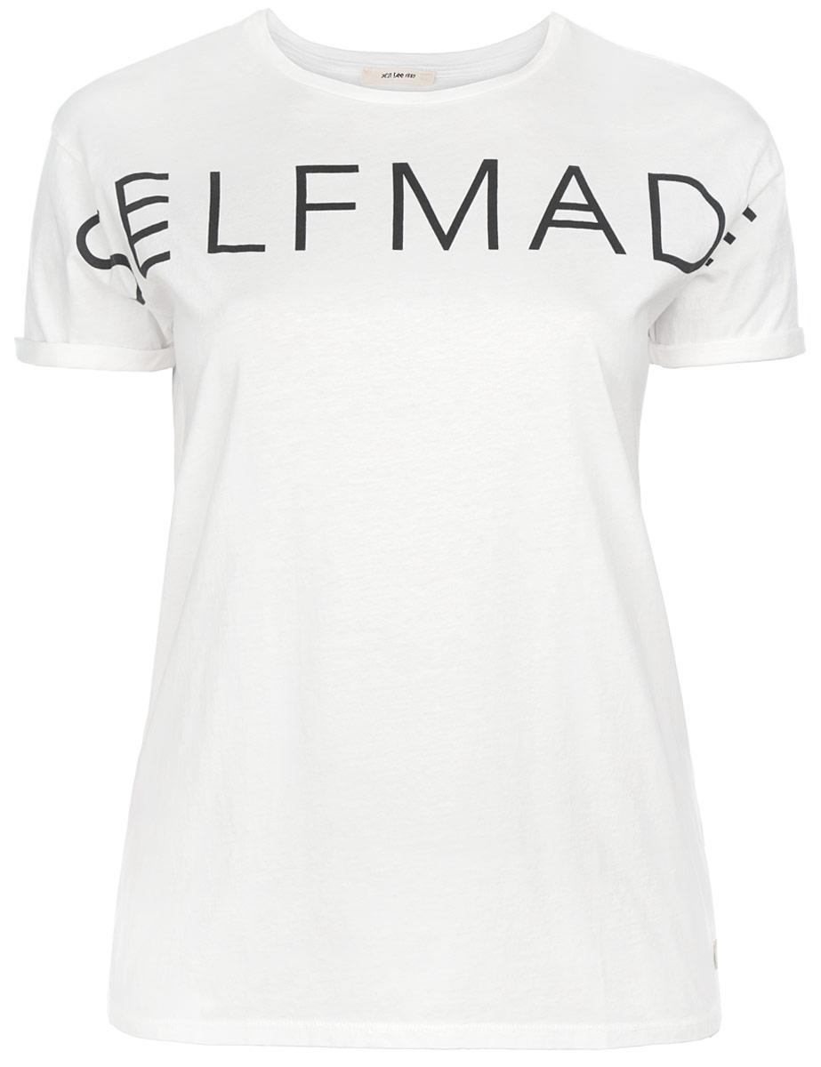 ФутболкаL42KAIHAМодная женская футболка Lee, выполненная из натурального хлопка, обладает высокой теплопроводностью, воздухопроницаемостью и гигроскопичностью, позволяет коже дышать. Модель с короткими рукавами и круглым вырезом горловины - идеальный вариант для создания стильного образа. Края рукавов дополнены декоративными отворотами. Оформлено изделие оригинальной термоаппликацией в виде надписи Selfmade. Такая модель подарит вам комфорт в течение всего дня и послужит замечательным дополнением к вашему гардеробу.