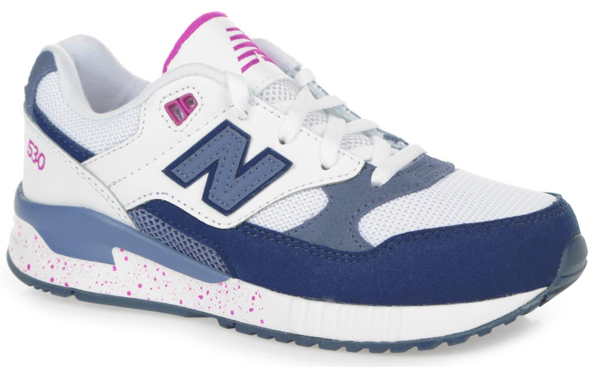Кроссовки для девочки New Balance, цвет: белый, темно-синий, серо-синий. KL530GPP. Размер 11.5 (29)KL530GPPСтильные кроссовки от New Balance придутся по душе вашей девочке. Верх модели выполнен из комбинации натуральной кожи, полиуретана и текстиля. По бокам обувь оформлена нашивками из искусственной кожи в виде фирменного логотипа бренда, на язычке - вышивкой в виде символики бренда, на заднике - вышивкой в виде цифр. Классическая шнуровка надежно зафиксирует изделие на ноге. Мягкая верхняя часть и подкладка, изготовленная из текстиля, гарантируют уют и предотвращают натирание. Стелька из материала EVA с текстильной поверхностью обеспечивает комфорт. Промежуточная подошва из EVA-материала гарантирует отличную амортизацию. Подошва из резины оснащена рифлением для лучшей сцепки с поверхностями. Удобные кроссовки займут достойное место среди коллекции обуви вашей малышки.