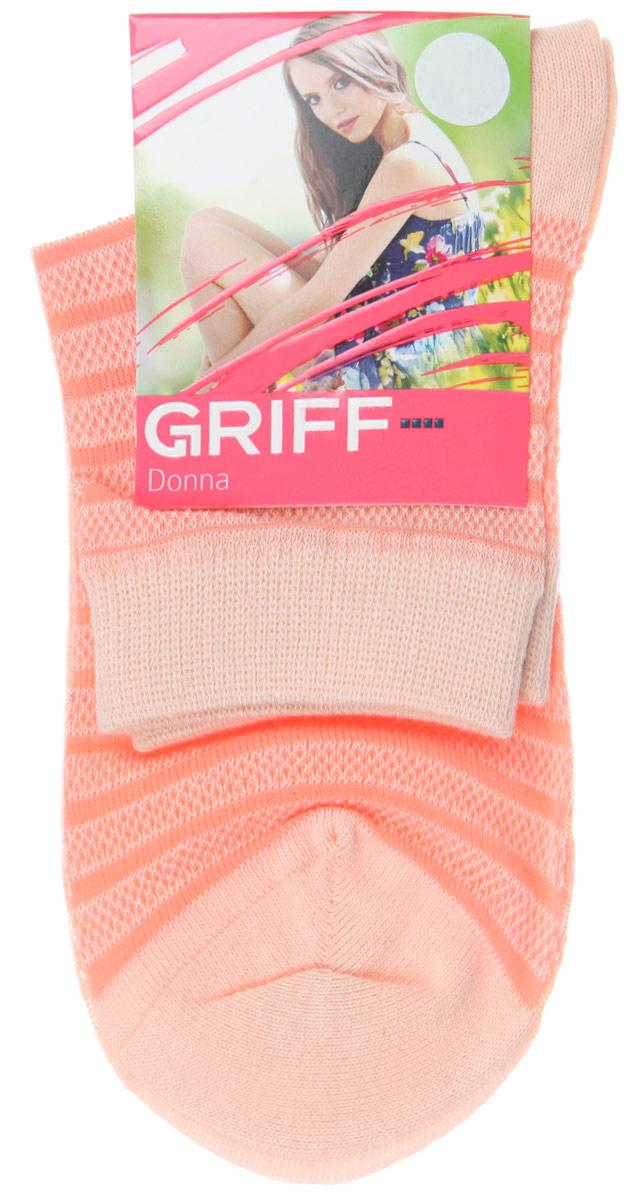 НоскиD4O2Женские носки Griff Полосы изготовлены из высококачественного сырья. Носки очень мягкие на ощупь, а широкая резинка плотно облегает ногу, не сдавливая ее, благодаря чему вам будет комфортно и удобно. Усиленная пятка и мысок обеспечивают надежность и долговечность. Носки оформлены рисунком в полоску.
