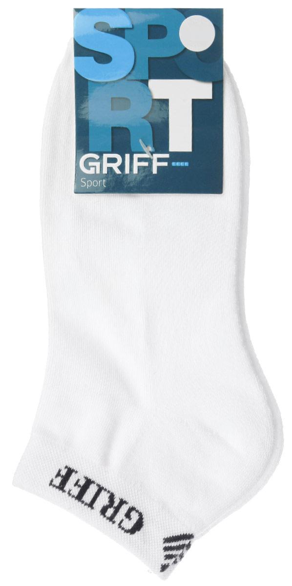 НоскиS1Мужские укороченные носки Griff Sport изготовлены из хлопка с микроплюшем по стопе, которые обеспечивают великолепную посадку. Удобная широкая резинка идеально облегает ногу и не пережимает сосуды, усиленные пятка и мысок повышают износоустойчивость носка.