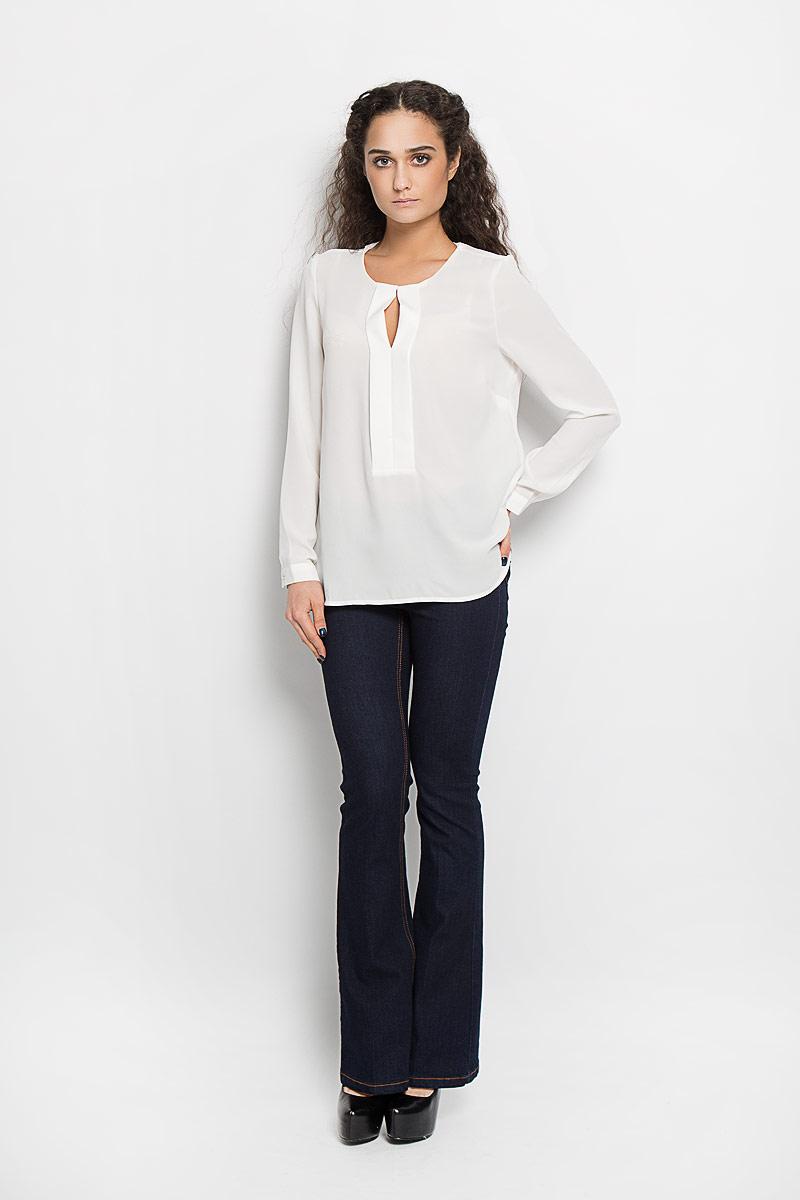 Блузка женская Broadway Adleigh, цвет: белый. 10156088 001. Размер L (48)10156088 001Стильная женская блуза Broadway Adleigh, выполненная из высококачественного материала, подчеркнет ваш уникальный стиль и поможет создать оригинальный женственный образ.Блузка с круглым вырезом горловины и длинными рукавами застегивается спереди на металлический крючок, манжеты рукавов - на пуговицы. Изделие спереди оформлено декоративной планкой с разрезом на груди. Спинка блузки удлинена.Модель идеально подойдет для жарких летних дней. Такая блузка будет дарить вам комфорт в течение всего дня и послужит замечательным дополнением к вашему гардеробу.