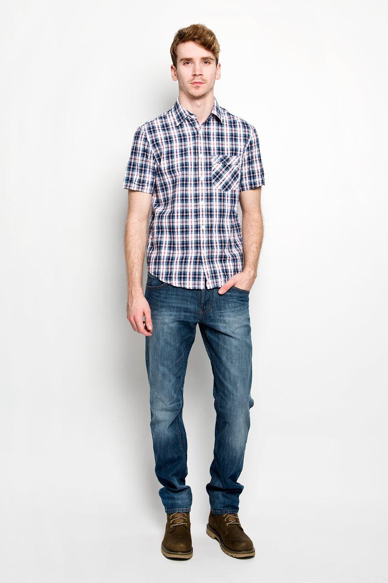 Рубашка151481/7151Мужская рубашка F5, выполненная из натурального хлопка, идеально дополнит ваш образ. Материал мягкий и приятный на ощупь, не сковывает движения и позволяет коже дышать. Рубашка классического кроя с короткими рукавами и отложным воротником застегивается на пуговицы по всей длине. На груди модель дополнена накладным карманом и вышивкой с названием бренда. Такая модель будет дарить вам комфорт в течение всего дня и станет стильным дополнением к вашему гардеробу.