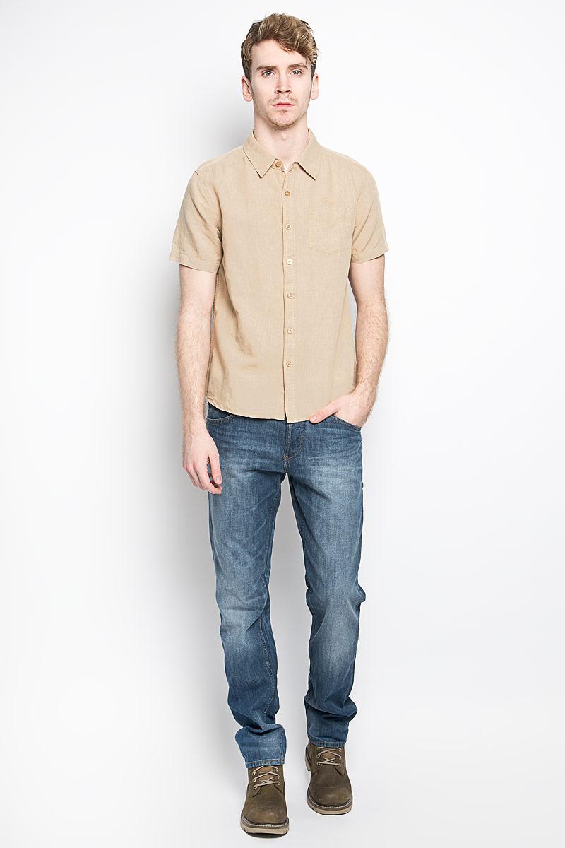 Рубашка мужская MeZaGuZ, цвет: песочный. Cambodge. Размер L (50)Cambodge_SafariМодная мужская рубашка MeZaGuZ, изготовленная из хлопка и льна, прекрасно подойдет для повседневной носки. Изделие очень мягкое и приятное на ощупь, не сковывает движения и хорошо пропускает воздух. Рубашка с отложным воротником и короткими рукавами застегивается на пуговицы по всей длине. На груди расположен накладной карман. Изделие украшено вышитой надписью с названием бренда. Такая модель будет дарить вам комфорт в течение всего дня и станет стильным дополнением к вашему гардеробу.