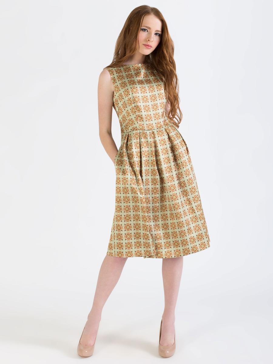 Платье Анна Чапман, цвет: бледно-желтый. P01A4-3. Размер 48P01A4-3Элегантное платье Анна Чапман выполнено из высококачественного эластичного эко шелка. Такое платье обеспечит вам комфорт и удобство при носке и непременно вызовет восхищение у окружающих.Приталенная модель без рукавов, с круглым вырезом горловины выгодно подчеркнет все достоинства вашей фигуры. Платье-миди застегивается на застежку-молнию на спинке, юбка дополнена декоративными встречными складками. Спереди платье дополнено двумя втачными карманами. Модель оформлена красочным принтом Гжельская роза со сложным цветочным орнаментом. Изысканное платье-миди создаст обворожительный и неповторимый образ.Это модное и удобное платье станет превосходным дополнением к вашему гардеробу, оно подарит вам удобство и поможет подчеркнуть свой вкус и неповторимый стиль.