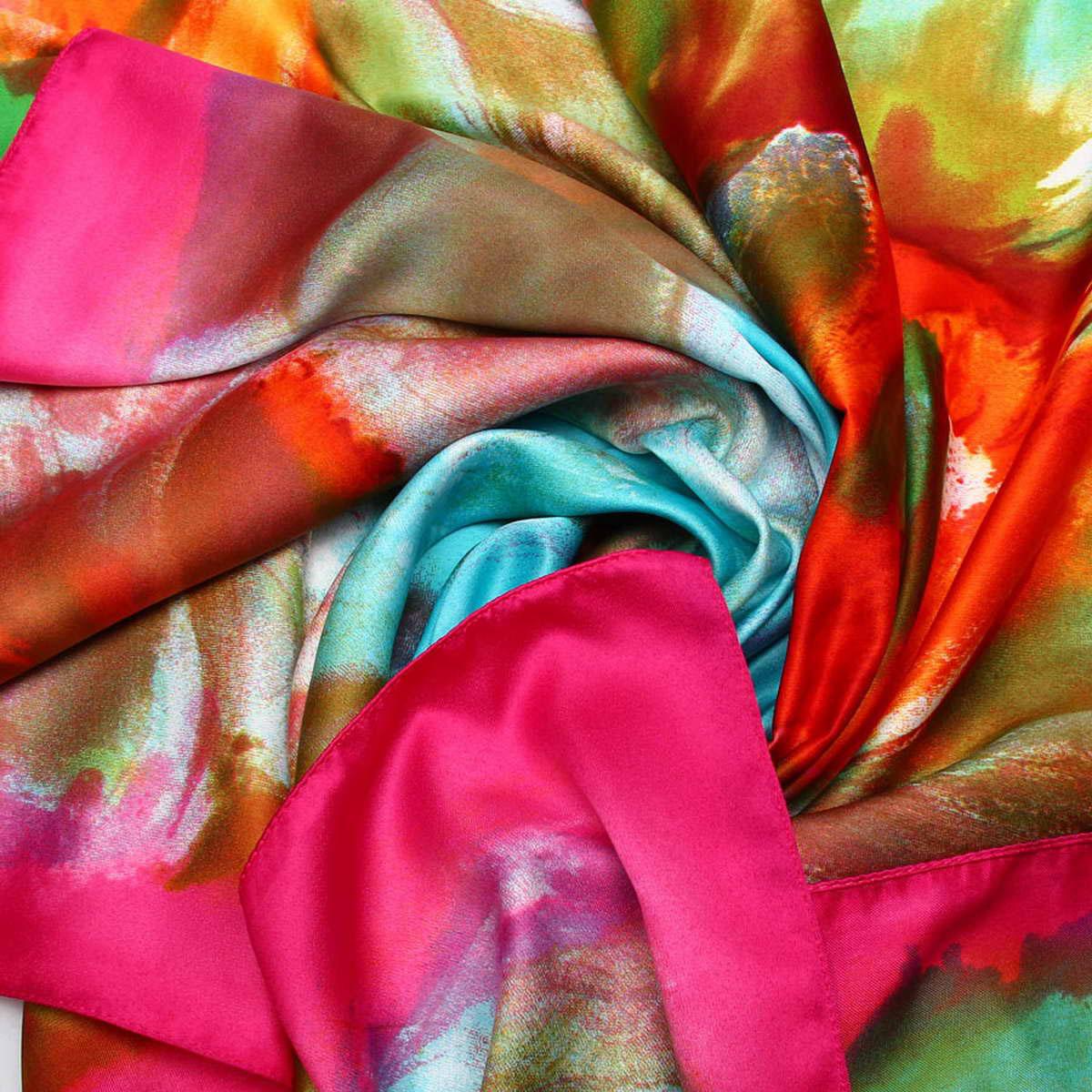 Платок3906233-2Изысканный и невероятно красивый женский платок Venera изготовлен из нежного и легкого полиэстера, станет замечательным украшением для любого вашего наряда. Романтичный платок очень красивой цветовой гаммы, украшен принтом с большими цветами. Этот платок будет долго радовать свою обладательницу и придаст наряду изысканности, утонченности и великолепия. Классическая квадратная форма позволяет носить платок на шее, украшать им прическу или декорировать сумочку. Платок Venera превосходно дополнит любой наряд и подчеркнет ваш неповторимый вкус и элегантность.
