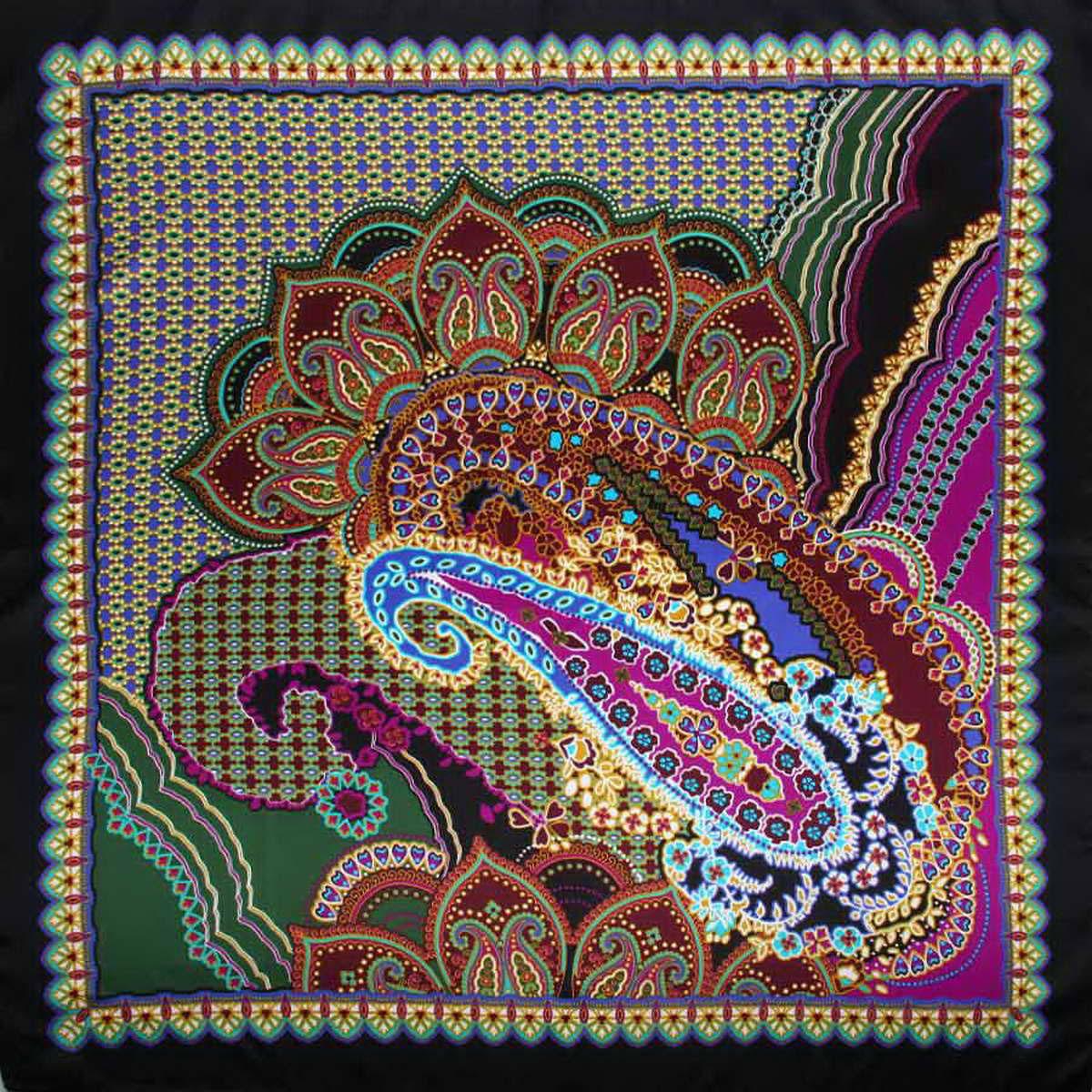 Платок женский Venera, цвет: черный, темно-зеленый, фуксия. 3906833-02. Размер 90 см х 90 см3906833-02Стильный женский платок Venera станет великолепным завершением любого наряда. Платок, изготовленный из полиэстера, оформлен оригинальным принтом. Классическая квадратная форма позволяет носить платок на шее, украшать им прическу или декорировать сумочку. Легкий и приятный на ощупь платок поможет вам создать изысканный женственный образ. Такой платок превосходно дополнит любой наряд и подчеркнет ваш неповторимый вкус и элегантность.