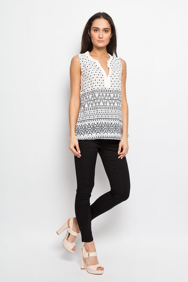 Блуза женская Sela, цвет: белый, темно-синий. Twsl-112/1012-6234. Размер 46Twsl-112/1012-6234Стильная женская блуза Sela, выполненная из 100% вискозы, подчеркнет ваш уникальный стиль и поможет создать оригинальный женственный образ. Модель с V-образным вырезом горловины, оформлена оригинальным принтом. Легкая блуза идеально подойдет для жарких летних дней. Она будет дарить вам комфорт в течение всего дня и послужит замечательным дополнением к вашему гардеробу.