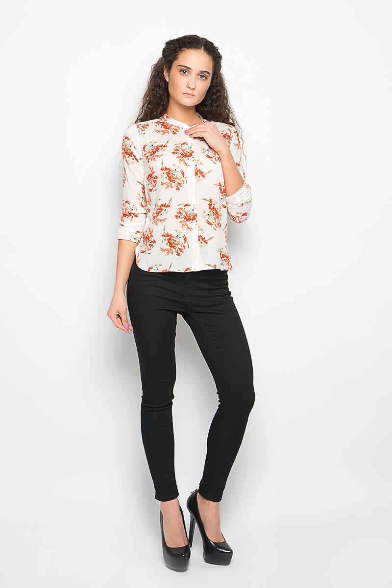 Блузка женская Moodo, цвет: белый, оранжевый. L-KO-2000 OFF WHITE. Размер M (46)L-KO-2000_OFF_WHITEСтильная женская блузка Moodo, выполненная из высококачественного легкого материала, подчеркнет ваш уникальный стиль.Блузка свободного кроя с длинными рукавами и круглым вырезом горловины поможет вам создать неповторимый образ. Изделие оформлено цветочным принтом, застегивается спереди на пуговицы. Спинка модели немного удлинена. Рукава дополнены манжетами, которые застегиваются на пуговицы, и имеют хлястики, фиксирующиеся пуговицами. Такая блузка будет дарить вам комфорт в течение всего дня и послужит замечательным дополнением к вашему гардеробу.