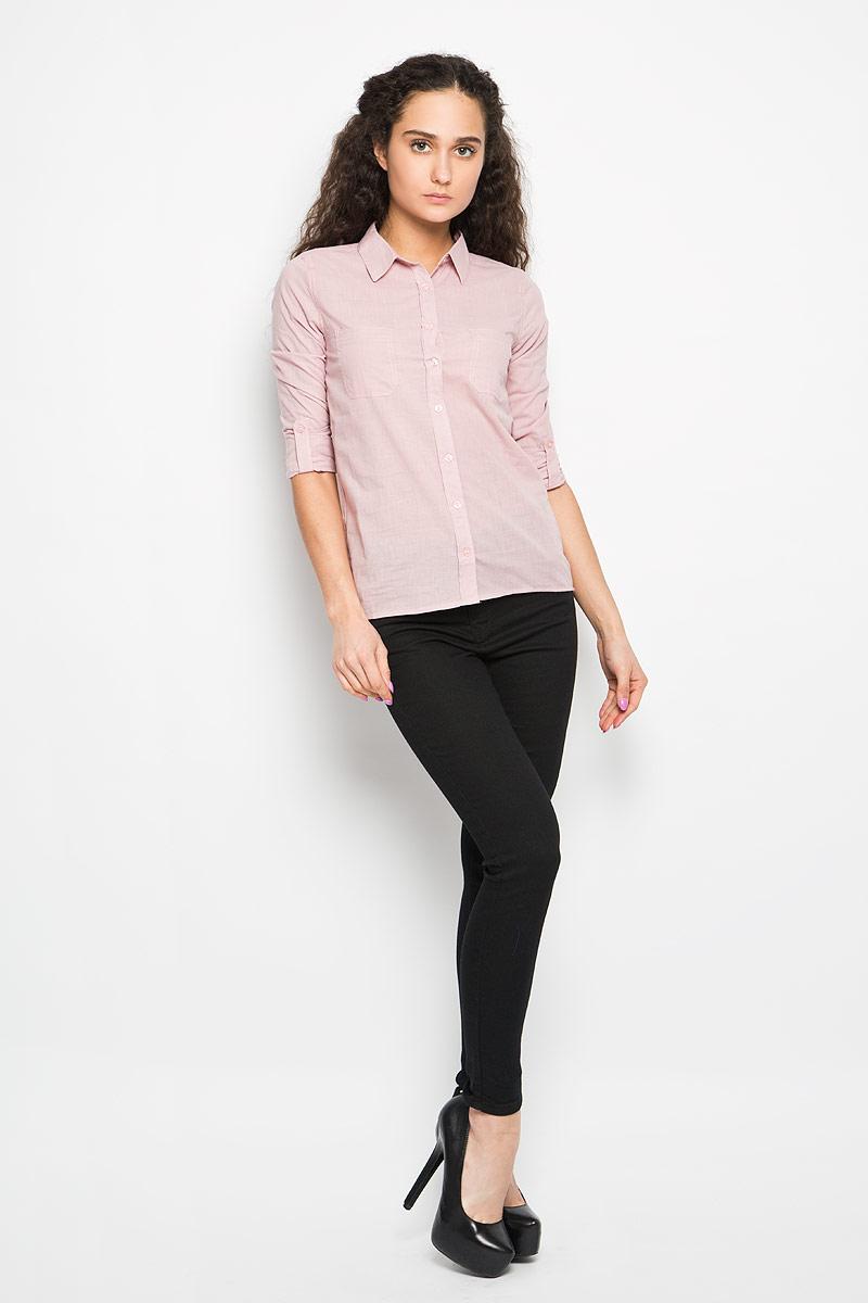 Рубашка женская Moodo, цвет: нежно-розовый. L-KO-2005 L.PINK. Размер XS (42)L-KO-2005_L.PINKСтильная женская рубашка Moodo, выполненная из натурального хлопка, прекрасно подойдет для повседневной носки. Материал очень мягкий и приятный на ощупь, не сковывает движения и позволяет коже дышать.Рубашка приталенного кроя с отложным воротником и длинными рукавами застегивается на пуговицы по всей длине. На груди модели предусмотрены два накладных кармана. Рукава можно регулировать по длине за счет хлястика на пуговице. Низ рукавов обработан манжетами, которые застегиваются на пуговицы. Спинка модели немного удлинена.Такая рубашка будет дарить вам комфорт в течение всего дня и станет модным дополнением к вашему гардеробу.