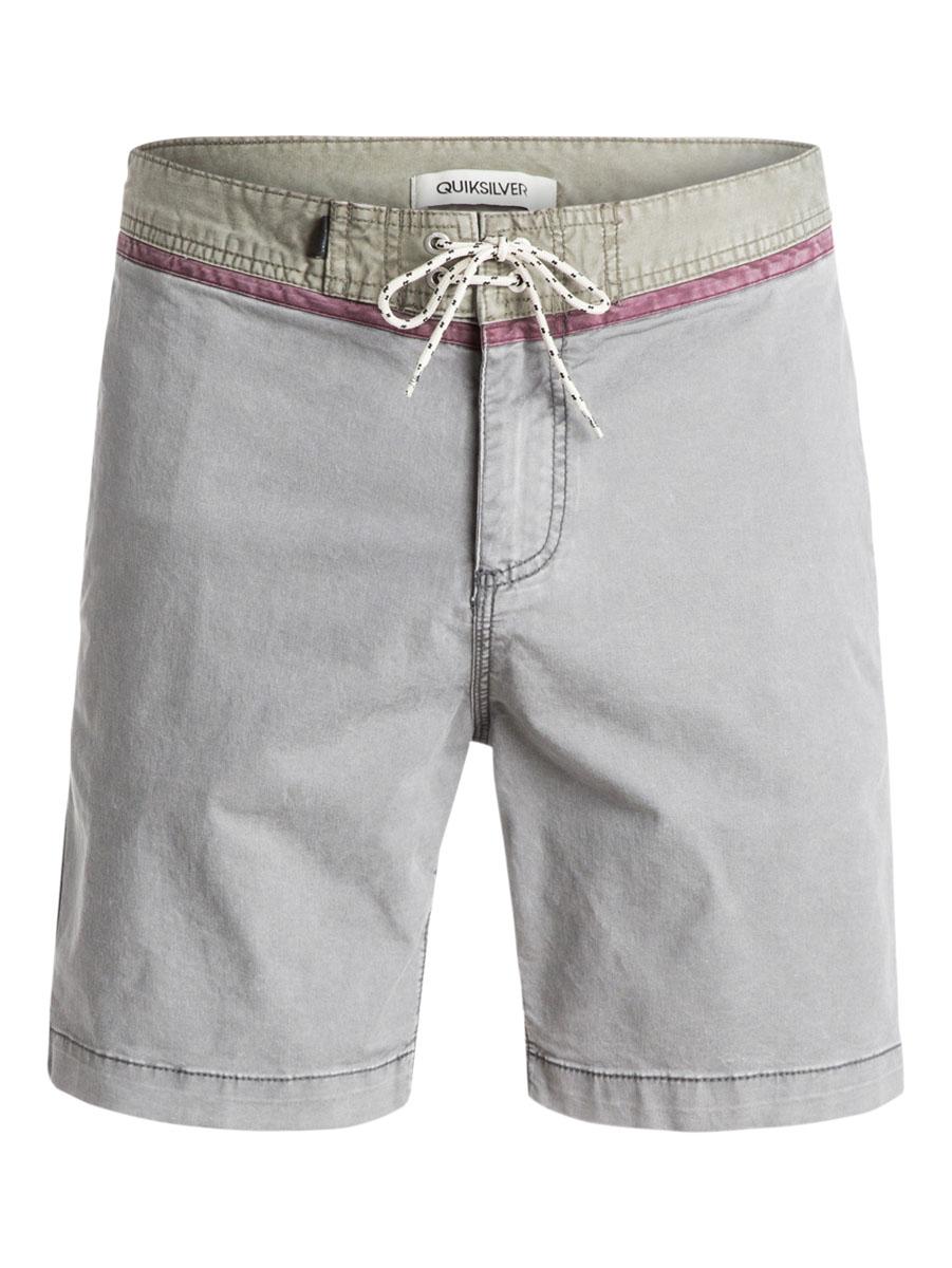 ШортыEQYWS03174-BRQ0Стильные мужские шорты Quiksilver выполнены из полиэстера с добавлением эластана. Шорты с поясом застегиваются на завязки-шнурки и металлическую молнию. Сзади изделие дополнено одним накладным карманом с клапаном на кнопке.