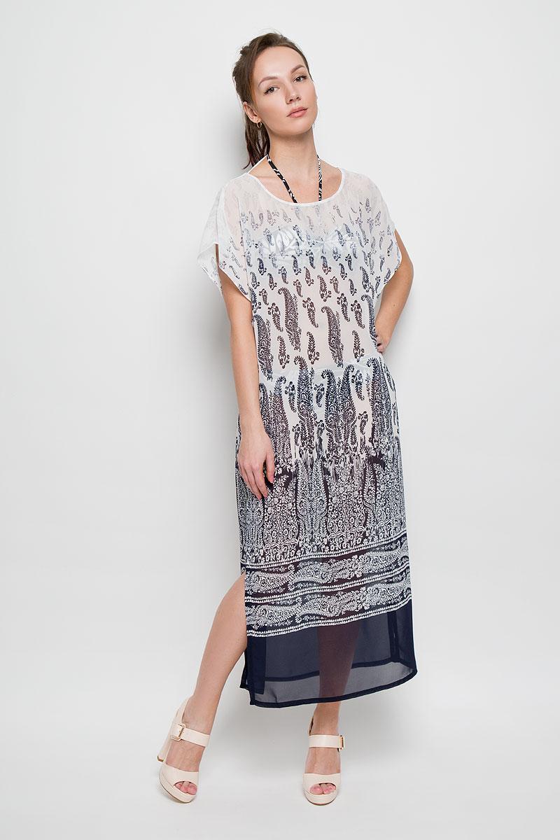 Платье Sela, цвет: темно-синий, белый. Ds-117/754-6215. Размер 42/44Ds-117/754-6215Очаровательное платье Sela станет ярким и стильным дополнением к вашему гардеробу. Изделие выполнено из полупрозрачного полиэстера, приятное к телу, не сковывает движения и хорошо вентилируется.Модель свободного кроя с круглым вырезом горловины и рукавами-кимоно, дополнено разрезами в боковых швах. Платье оформлено оригинальным принтом.Это стильное летнее платье поможет создать привлекательный женственный образ.