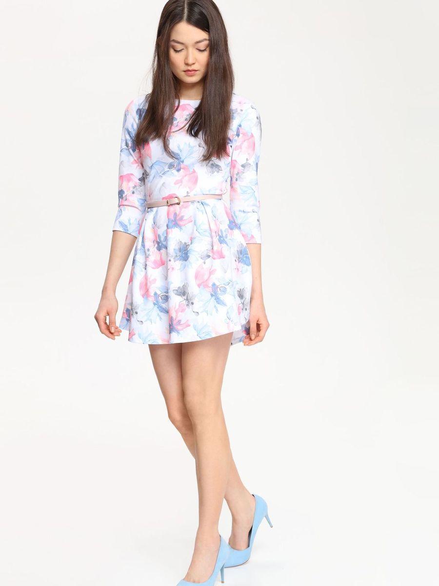 Платье Troll, цвет: белый, голубой, розовый. TSU0525BI. Размер L (48)TSU0525BIПлатье Troll поможет создать яркий и красивый образ. Платье, изготовленное из полиэстера с добавлением вискозы и эластана, необычайно мягкое, тактильно приятное, хорошо вентилируется.Модель с круглым вырезом горловины и рукавами 3/4 застегивается сзади на металлическую молнию. От линии талии заложены складки, придающие платью пышность. Изделие украшено цветочным принтом.Такое платье займет достойное место в вашем гардеробе, а также подарит вам комфорт в течение всего дня.